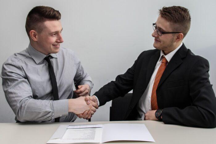 Pracovní smlouvy – víte, jaké můžete uzavřít?